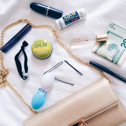 Prom Prep: How to Pack Your Clutch